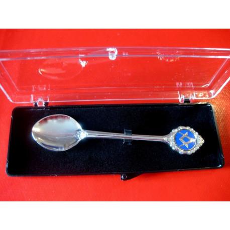 Petite cuillère de collection motif équerre-compas émaillé bleu